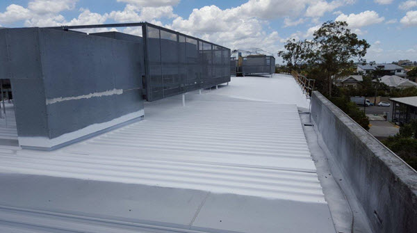 waterproofing-metal-roof-in-Melbourne-with-cool-roof